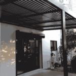 פרגולה-מאלומיניום-בחצר