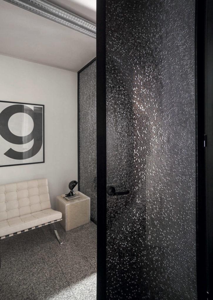 דלת-פנים-משרדית