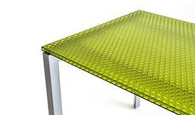 שולחן ממחיצת שולחן למשרדים