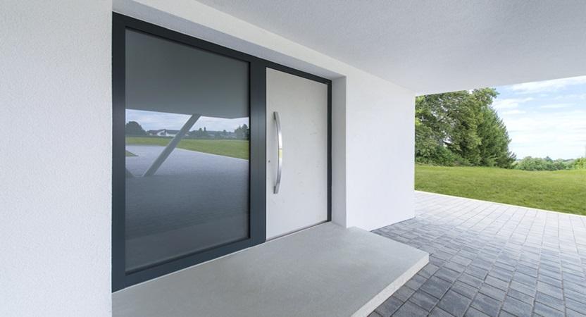 דלתות כניסה יפות מעוצבות