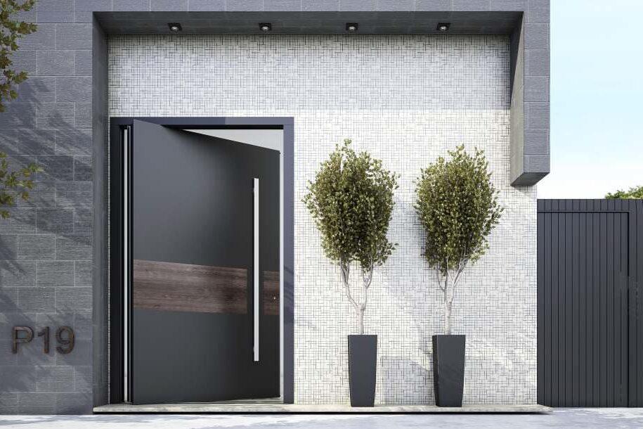 דלת כניסה בציפוי דמוי עץ מעוצב