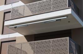 מעקה בטיחות למרפסת