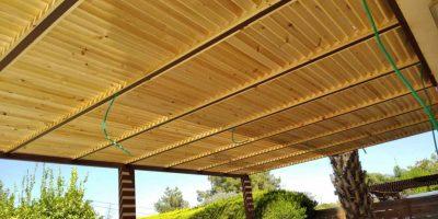 פרגולה-למרפסת דמוי עץ