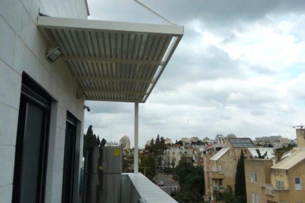 פרגולות אלומיניום למרפסת האחורית